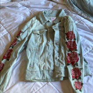 Light wash w/ roses denim jacket large